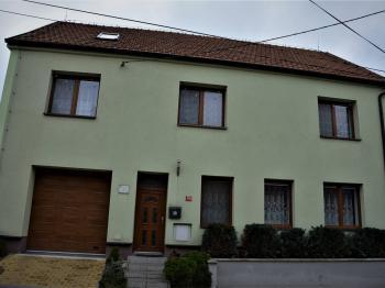 Pronájem bytu 2+1 v družstevním vlastnictví 52 m², Slavkov u Brna