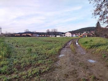 Prodej pozemku 6991 m², Moravské Knínice