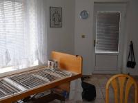 Vstupní dveře - Pronájem bytu 2+kk v osobním vlastnictví 38 m², Drnovice