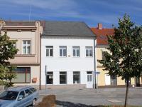 pohled z parku (Pronájem obchodních prostor 123 m², Čáslav)