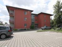 Pohled na dům (Pronájem bytu 1+kk v osobním vlastnictví 31 m², Kolín)