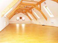 Vedlejší budova - tělocvična (Prodej penzionu 700 m², Žabonosy)
