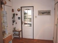 Chodba (Prodej bytu 4+1 v osobním vlastnictví 94 m², Praha 9 - Kyje)
