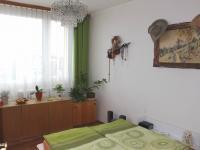 Pokoj (Prodej bytu 4+1 v osobním vlastnictví 94 m², Praha 9 - Kyje)