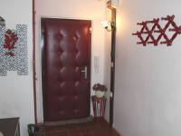 Vstupní prostor bytu (Prodej bytu 4+1 v osobním vlastnictví 94 m², Praha 9 - Kyje)
