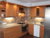 Vybavená kuchyně 10 m2 (Pronájem bytu 3+1 v osobním vlastnictví 75 m², Praha 9 - Střížkov)