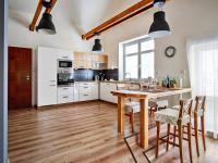 Pronájem bytu 4+1 v osobním vlastnictví, 110 m2, Kolín