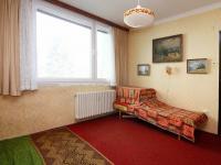 místnost - Z strana (Prodej bytu 3+1 v osobním vlastnictví 88 m², Poděbrady)