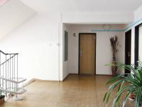 společné prostory (Prodej bytu 3+1 v osobním vlastnictví 88 m², Poděbrady)