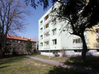 zadní pohled na dům (Prodej bytu 3+1 v osobním vlastnictví 88 m², Poděbrady)