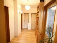 chodba (Prodej bytu 3+kk v osobním vlastnictví 74 m², Polepy)