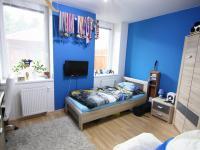 pokoj (Prodej bytu 3+kk v osobním vlastnictví 74 m², Polepy)