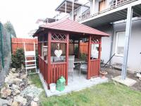 zahradní altán (Prodej bytu 3+kk v osobním vlastnictví 74 m², Polepy)