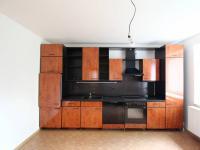 kuchyň (Pronájem bytu 2+1 v osobním vlastnictví 80 m², Uhlířské Janovice)