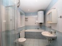 koupelna (Pronájem bytu 2+1 v osobním vlastnictví 80 m², Uhlířské Janovice)