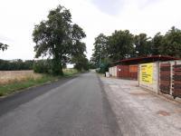 Příjezdová komunikace - Pronájem komerčního objektu 795 m², Červené Pečky