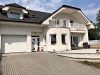 pohled na dům (Pronájem domu v osobním vlastnictví 187 m², Velké Přílepy)