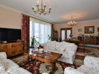 obývací pokoj, 46 m2 - Pronájem domu v osobním vlastnictví 300 m², Jesenice
