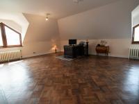 ložnice, 40 m2 + šatna, 12 m2 - Pronájem domu v osobním vlastnictví 300 m², Jesenice