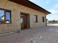 vstup do domu - Pronájem domu v osobním vlastnictví 300 m², Jesenice