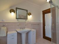 koupelna - Pronájem domu v osobním vlastnictví 300 m², Jesenice