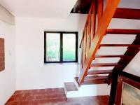 schodiště do 1.patra - Prodej domu v osobním vlastnictví 248 m², Smidary