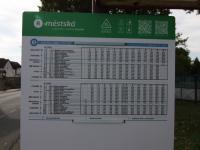autobusová zastávka ve vedlejší ulici - Prodej pozemku 2093 m², Říčany