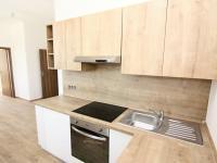 kuchyňský kout (Prodej bytu 3+kk v osobním vlastnictví 60 m², Velim)