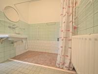 Koupelna - Prodej domu v osobním vlastnictví 102 m², Hradec Králové