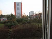 polled z okna (Prodej bytu 1+kk v osobním vlastnictví 29 m², Praha 4 - Modřany)