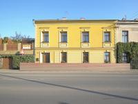 Pronájem 1+1 Čáslav, pohled z venku (Pronájem bytu 1+1 v osobním vlastnictví 43 m², Čáslav)