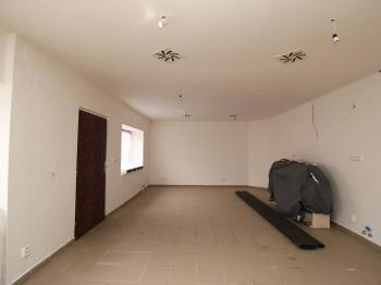 hlavní prostor 34 m2 - Pronájem obchodních prostor 48 m², Čáslav