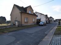 příjezdová cesta - Prodej domu v osobním vlastnictví 90 m², Starý Kolín
