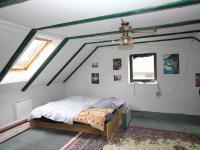 pokoj 1 v podkroví - Prodej domu v osobním vlastnictví 155 m², Červené Janovice