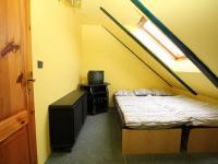pokoj 2 v podkroví - Prodej domu v osobním vlastnictví 155 m², Červené Janovice