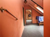 chodba podkroví - Prodej domu v osobním vlastnictví 155 m², Červené Janovice