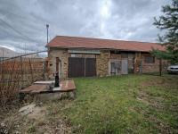 Garáž a skladovací prostory - Prodej domu v osobním vlastnictví 125 m², Křečhoř