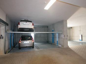 Pronájem garážového stání 12 m², Kolín