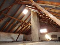 Podkroví obytné části - Prodej domu v osobním vlastnictví 698 m², Miskovice