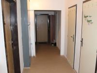 Chodba po uzamčením s komorou k bytu - Prodej bytu 2+kk v osobním vlastnictví 47 m², Praha 3 - Žižkov