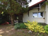 pohled od vrat - Prodej domu v osobním vlastnictví 105 m², Louňovice