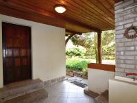 vstupní dveře do domu - Prodej domu v osobním vlastnictví 105 m², Louňovice