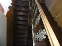 schody do patra - Prodej domu v osobním vlastnictví 220 m², Kolín