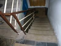 schodiště v domě - Prodej domu v osobním vlastnictví 250 m², Velim