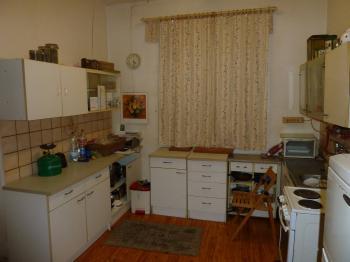 kuchyň - Prodej domu v osobním vlastnictví 250 m², Velim