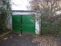 garáž na pozemku - Prodej domu v osobním vlastnictví 250 m², Velim