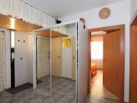 chodba, 9,6 m2 - Prodej bytu 4+1 v osobním vlastnictví 83 m², Praha 4 - Kamýk