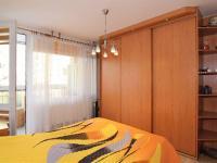 ložnice, 12,8 m2 + lodžie, 5,3 m2 - Prodej bytu 4+1 v osobním vlastnictví 83 m², Praha 4 - Kamýk