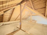 Podkroví - Prodej domu v osobním vlastnictví 73 m², Žiželice