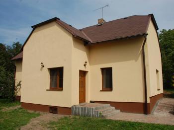 Prodej domu v osobním vlastnictví 698 m², Miskovice